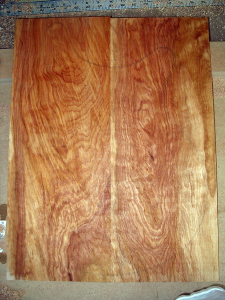 cherry-wood-electric-guitar-top