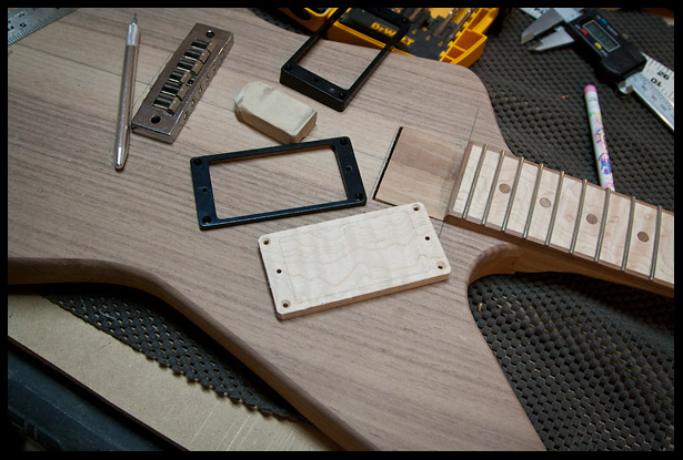 Making wooden humbucker pickups rings