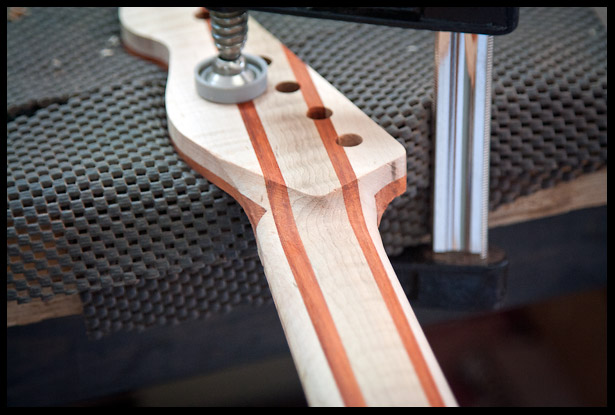 The shape of the back of the headstock