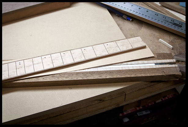 Preparing the veneer and the fretboard for gluing