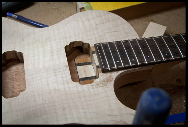 Neck heel is now properly shaped